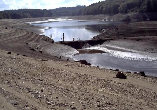 Digue de l'étang que du lac auteur g.o.